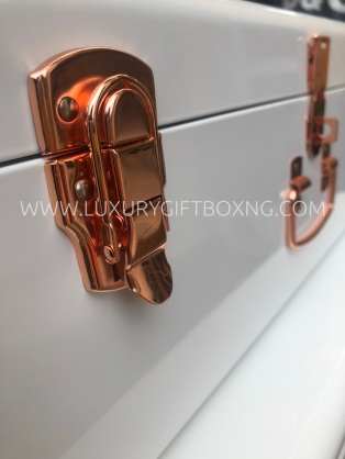 Metal White Trunk Box with Rose Gold Details2